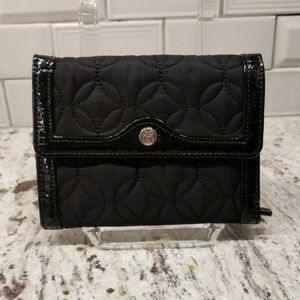 Vera Bradley Blk Quilted Microfiber Trifold Wallet